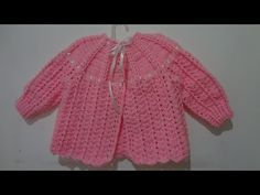 Eva Hernandez shared a video Baby Knitting Patterns, Baby Patterns, Crochet Blouse, Crochet Top, Granny Square Sweater, Crochet Baby Shoes, Sweater Set, Carters Baby Girl, Baby Cardigan