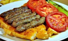 Ödemiş Meatball Recipe- # Meatball # Ödemiş Recipe - World Cuisine - Turkish Meatball Recipes, Meat Recipes, Snack Recipes, Falafels, Turkish Recipes, Italian Recipes, Turkish Kitchen, Food Porn, Fish And Meat