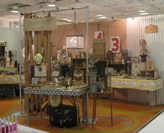 short table covers provides an open airy feel to the show booth