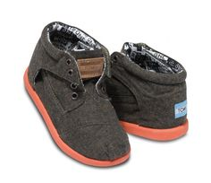 new botas!      TOMS Tiny Burnt Chambray Botas at Black Wagon