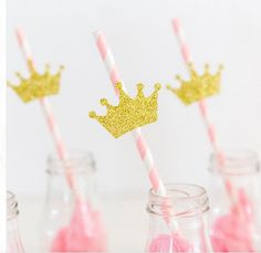 10 Pink and gold crown straws. Party by InspiredbyAlma on Etsy Birthday Wall, Birthday Cake Girls, First Birthday Parties, First Birthdays, Princess Theme Party, Princess Birthday, Girls Party Decorations, Party Themes, Ideas Party