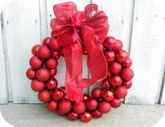 $6 Wire Hanger Christmas Wreath | Six Sisters' Stuff   #christmas #wreath