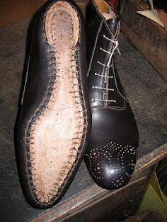 shoe making/enjoying website, shoe snob! Make Your Own Shoes, How To Make Shoes, Sock Shoes, Men's Shoes, Shoe Boots, Shoe Cobbler, Shoe Crafts, Leather Workshop, Shoe Pattern