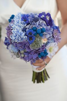 Wedding Bouquets Blue Hydrangea Centerpieces For 2019 Blue Hydrangea Centerpieces, Hydrangea Bridal Bouquet, Blue Wedding Centerpieces, Bride Bouquets, Floral Bouquets, Blue Wedding Flowers, Purple Wedding, Wedding Colors, Trendy Wedding
