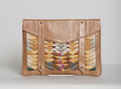 Sharon Loves This: iPad clutch