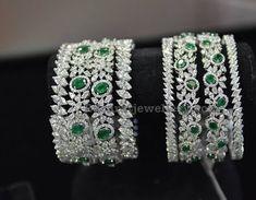 Bracelet moments pandora or rose Small Pearl Necklace, Diamond Necklace Set, Diamond Bracelets, Sterling Silver Bracelets, Bangle Bracelets, Diamond Choker, Gold Bangles, Ladies Bangles, Cartier Bracelet