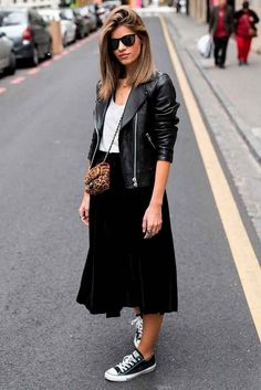 30 Comfy Spring Outfits For Your Everyday Look - Fashion Ideas - Look Fashion, Autumn Fashion, Fashion Outfits, Womens Fashion, French Fashion, Spring Fashion, 2000s Fashion, Unisex Fashion, Skirt Fashion