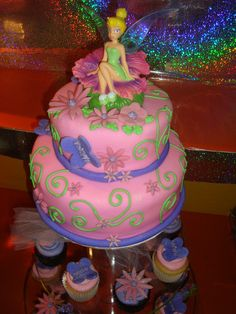 Tinkerbell Cupcake Cake | pastel de tinkerbell en fondant - pastel de tinkerbell en fondant ...