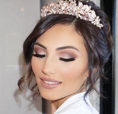 Make-up braut-inspiration hochzeit make-up. Make-up braut-make-up inspiration hochzeit. Wedding Makeup Tips, Natural Wedding Makeup, Bridal Hair And Makeup, Wedding Hair And Makeup, Hair Makeup, Makeup Eyeshadow, Bridesmaid Makeup Natural, Bridemaid Makeup, Beauty Makeup