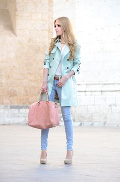one of the most beautiful pastel combination I've seen!  (via oh my vogue blog)