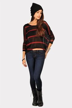 If the shirt wasn't so see through and the boots were Doc Martins, I would so wear this :)