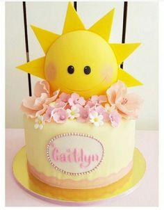New Baby Girl Shower Yellow Birthday Parties Ideas Sunshine Birthday Cakes, Sunshine Cake, Baby Birthday Cakes, Baby Girl 1st Birthday, Sunshine Cupcakes, Birthday Ideas, Sun Cake, Yellow Birthday Parties, Sunshine Baby Showers