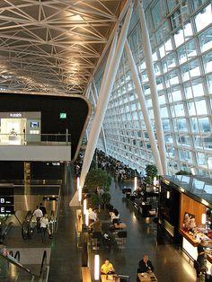 Zurich Airport Terminal by WrldVoyagr, via Flickr
