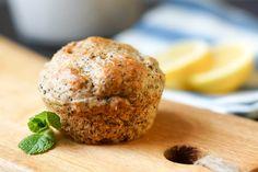 Voller Stolz präsentiere ich heute diese leckeren Muffins! Sie sind leicht feucht, zart und voller Zitronenaroma und Mohnsamen. Super! Ihr wisst ja, Backen ist eine Wissenschaft. Und jedes Mal wenn…