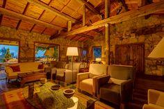 Sevdiğim ve tarzı olan dağ evlerinden biri de Antalya'nın Olimpos bölgesine tepeden bakan, müthiş bir orman ve deniz manzarasına sahip Olympos Mountain Lodge. Detaylar blogda www.kucukoteller.com.tr/olympos-mountain-lodge.html?utm_content=buffer87ae4&utm_medium=social&utm_source=pinterest.com&utm_campaign=buffer  0242-8161246
