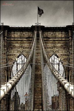 Ѽ ♥ ༻✿ڿڰۣ ♥ NYrockphotogirl ♥|.Brooklyn Bridge..Sept 2014 2 German visitors messed with that Flag & you have no idea how it rattled the sercuity and NYPD and Homeland Security,They had replaced it with a whitewashed Flag..EVERYONE in NYC was upset about this. ♥ ༻✿ڿڰۣ ♥ NYrockphotogirl ♥|.