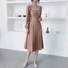 Elegant Dresses For Women, Trendy Dresses, Modest Dresses, Simple Dresses, Cute Dresses, Vintage Dresses, Vintage Outfits, Korean Fashion Dress, Fashion Dresses
