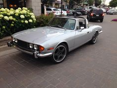 Triumph Stag. One of my fav cars in an amazing color!