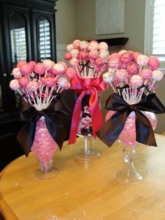 Would love to have these as center pieces for my graduation party!
