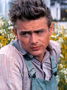 James Dean.....GREAT PIC.....ONE OF MY FAVORITE ACTORS