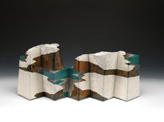 The Ceramic Art of Wayne Higby