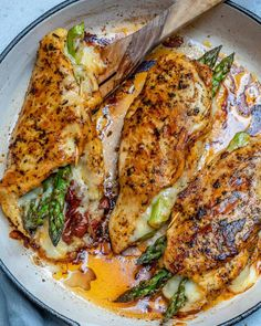 This asparagus stuffed chicken breast recipe is tender, juicy, and easy to make. Seasoned with garlic powder, paprika, and Italian seasoning mix asparagus recipe Asparagus Stuffed Chicken Breast Chicken Breast And Asparagus Recipe, Asparagus Stuffed Chicken, Stuffed Chicken Breasts, Stuffed Chicken Recipes, Grilled Asparagus, Recipes With Chicken Breast Tenders, Recipe Chicken, Meals With Asparagus, Grilled Stuffed Chicken