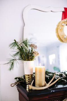 A Bright Holiday Mantle With Pottery Barn | theglitterguide.com