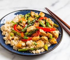Easy, healthy Teriyaki Chicken Stir Fry with Vegetables. This healthy meal comes together in a flash and uses everyday ingredients. Fried Chicken Brine, Chicken Stir Fry, Healthy Teriyaki Chicken, Teriyaki Sauce, Soy Sauce, Zucchini Stir Fry, Easy Healthy Dinners, Healthy Recipes, Chicken Strip Recipes