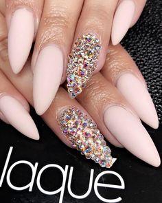#getlaqued #laquenailbar #laqued #laque #nailart #nailswag #nailart #nails #nailsofinstagram #naildesign #nailsalon #nailstagram