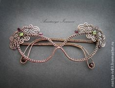 Can you wrap your mind around these wire wrapping jewelry pieces? Anastasiya Ivanova is a pro, making these pieces with her own hands. Copper wire and natural Wire Crafts, Jewelry Crafts, Jewelry Art, Handmade Jewelry, Women Jewelry, Jewellery, Wire Jewelry Designs, Metal Jewelry, Wire Wrapped Pendant