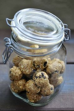It's full-on spring sport season around here. Lacrosse and track keep the older three Littles running full steam ahead and me running in circles! Snacks are of the essence and these easy, no bake granola balls are our go-to favorite. Perfect pick-me-ups in carpool or on the way to the field for practice, these healthy …