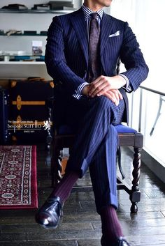 45 Rustic Spring And Summer Office Outfits Ideas For Mens Style Modern Mens Fashion, Mens Fashion Suits, Mens Suits, Suit Men, Style Costume Homme, Summer Office Outfits, Black Pants Outfit, Suit Combinations, Slim Fit Tuxedo