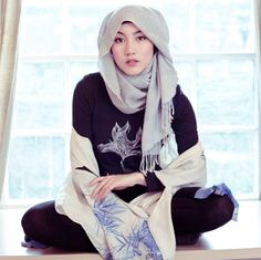 BALANCING FASHION & FAITH: A LOOK AT MUSLIM STYLE BLOGGERS