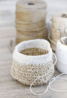 Decorate with woven baskets