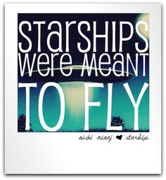 Nicki Minaj - Starships - Lyrics