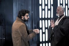 George Lucas and Alec Guinness on the Star Wars set in Elstree Studios