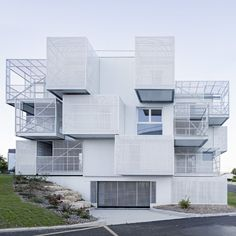 white-clouds-poggi-and-more-architecture-residential-france_dezeen_2364_sq4