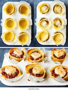 Mini lasagne pieczone w formie na muffiny