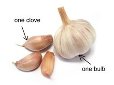 Did you know that eating a whole clove of garlic a day does wonders for your body? Garlic - simple ingredients with amazing health benefits. Garlic stimulates the immune system and normalize the stomach flora. Healthy Food Choices, Healthy Recipes, Best Air Fryers, Natural Lifestyle, What Happened To You, What You Eat, Organic Recipes, Natural Remedies, Garlic