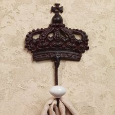 Vintage Royal Crown Wall Hook for Coats, Aprons, Hats, Towels, Pot Holders, More The Country House Collection http://www.amazon.com/dp/B00F8P64Z2/ref=cm_sw_r_pi_dp_nulJub1BVCS3F