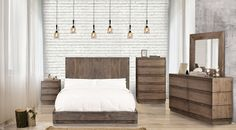 Amarante Rustic Natural Tone Solid Wood Veneer Queen Bed