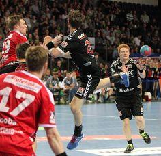 Der HC Erlangen schlägt die HSG Nordhorn-Lingen mit 28:25 vor über 3.000 Zuschauern in der Arena Nürnberger Versicherung und bleibt weiterhin Spitzenreiter in der 2. Handball-Bundesliga. www.hc-erlangen.de #hbl #erlangen #hce #handball #hlstudios #einteameinziel #wirkommenwieder