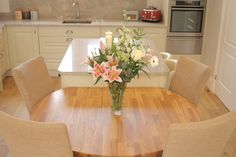 Dove Lodge Kitchen by Simply Kitchens.  Kitchen dining, large kitchen, traditional kitchen, Kitchen with dining area.
