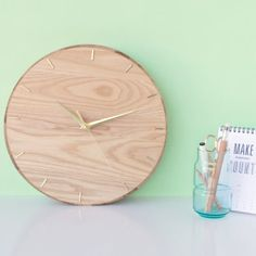 Turn an ordinary platter into a stylish wall clock in under 15 minutes!
