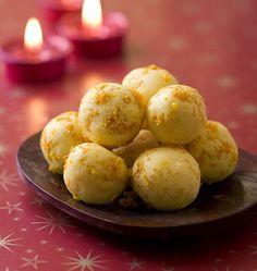 Noël : les recettes de biscuits et mignardises à offrir - Ôdélices : Recettes de cuisine faciles et originales ! Pretzel Bites, White Chocolate, Truffles, Macarons, Nutella, Sweet Tooth, Bakery, Bread, Cookies