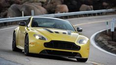 Aston Martin V12 Vantage S   http://www.autorevue.at/testbericht/aston_martin-v12_vantage_s-test.html