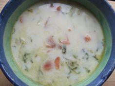 Sopa blanca de salmón ahumado Ver receta: http://www.mis-recetas.org/recetas/show/40930-sopa-blanca-de-salmon-ahumado