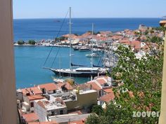 a beautiful view of the harbour of Pythagorion