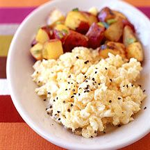 Weight Watchers Scrambled Egg Whites with Cheese and Home Fries (8 Points)