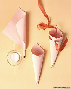 Martha Stewart Living, May Flower Cones How-To. To make flower cones, cut … Martha Stewart Living, May Flower … Diy And Crafts, Crafts For Kids, Arts And Crafts, Diy Paper, Paper Crafts, May Day Baskets, Paper Cones, Deco Floral, Paper Flowers